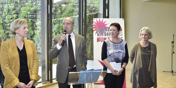Virginie Calmels, Alain Juppé, Isabelle Boudineau et Agnès Grangé (Crédits : Agence Appa)